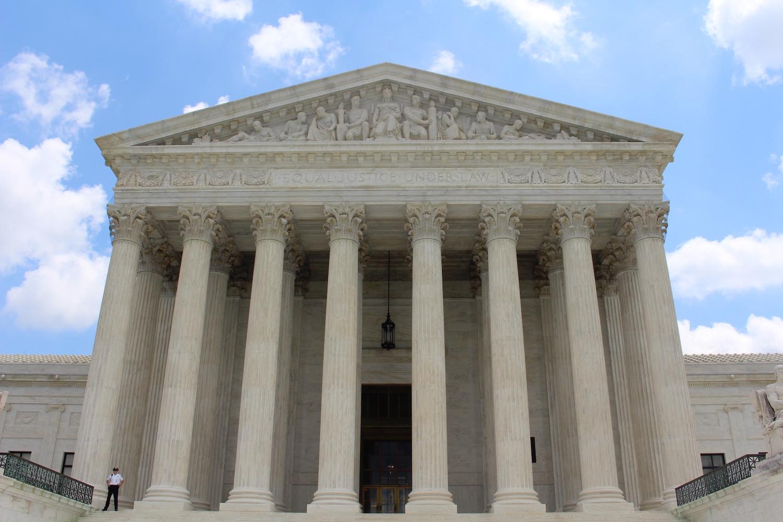 Cláusulas suelo: Europa corrige al Tribunal Supremo